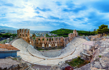 Foto auf AluDibond Athen The theater of Herodion Atticus under the ruins of Acropolis, Athens, Greece.