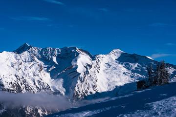 Verschneite Berglandschaft in Tirol