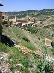 Cañada de Benatanduz,pueblo de España, en la provincia de Teruel, Comunidad Autónoma de Aragón, de la comarca del Maestrazgo