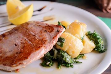 tuna steack meal