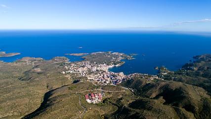 Photographie aérienne de Cadaques, en Espagne