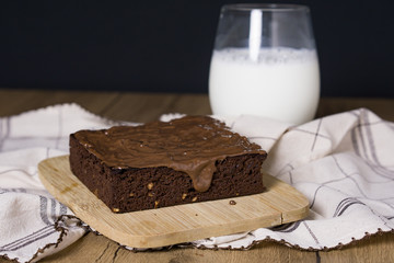 Brownie with milk