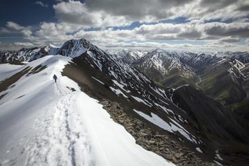 Hiking King's Throne, Yukon