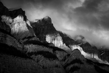 Clouds arond Mount Wilson