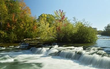 Long exposure shot of a Niagara River in New York