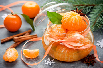 Tangerines in spicy sugar syrup