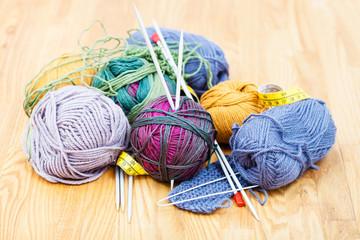hand knitting materials and wool yarns