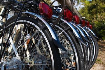 rangée de roues de vélos