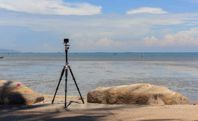 The camcorder is recording a view on the sea.