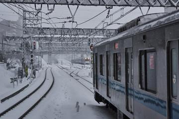 降雪の小田急線