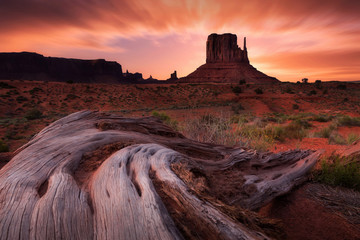 Sunset in Monument Valley, Arizona, US