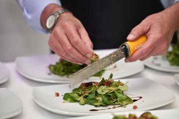 Trüffel auf Salat