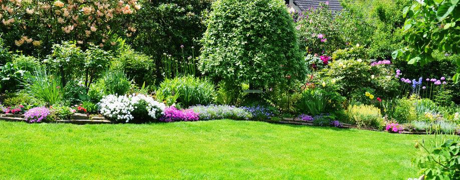 Gartenanlage Panorama Frühling