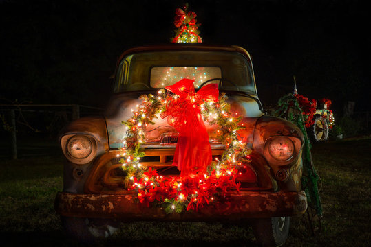 Country Christmas Truck