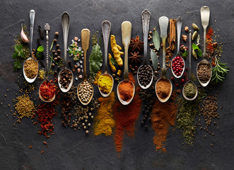 Printed roller blinds Spices Herbs and spices on graphite background
