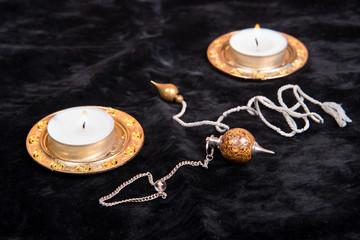 Magic pendulum closeup