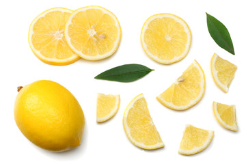 healthy food. sliced lemon with green leaf isolated on white background top view Fototapete