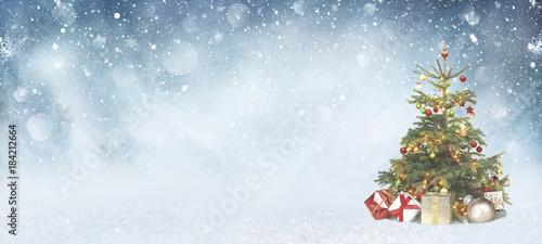 sch ner weihnachtsbaum stockfotos und lizenzfreie bilder auf bild 184212664. Black Bedroom Furniture Sets. Home Design Ideas