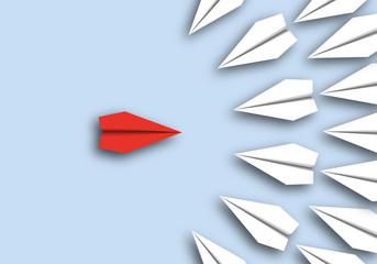 origami - concept - idée - héros - combat - symbole - avion de papier - face à face - opposé