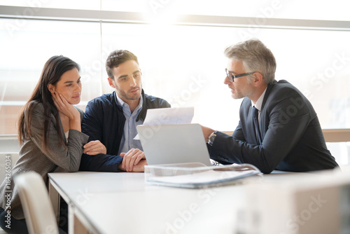 finra licensed financial adviser - HD1200×900