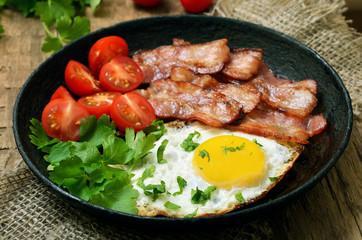 Appetizer fried egg