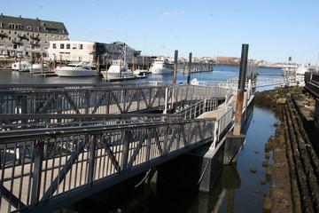 Sportboote im Hafen von Boston