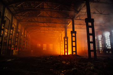Photo sur Aluminium Bat. Industriel Fire in the factory. Burned by fire industrial building
