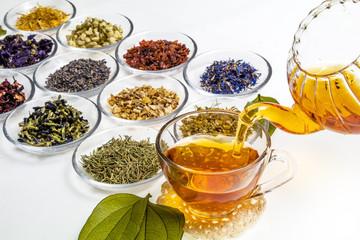色々な色のなハーブティー Beautiful color herbal tea