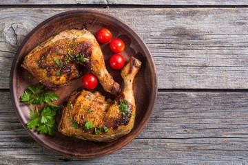 In de dag Kip Grilled chicken legs