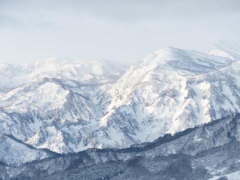 雪山の風景「妙高戸隠連山」