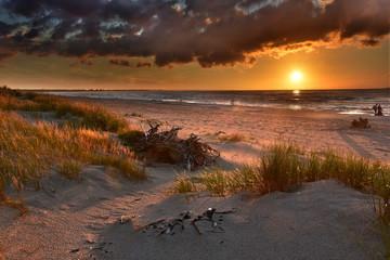 Fototapeta Plaża nad Bałtykiem - Zachód Słońca obraz
