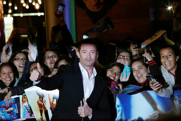 "Australian actor Hugh Jackman poses with fans during the red carpet of his latest film, a musical directed by Michael Gracey called ""The Greatest Showman"", in Mexico City"