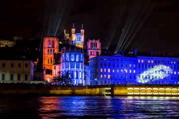 Fête des lumières à Lyon , Fourvière . Fototapete