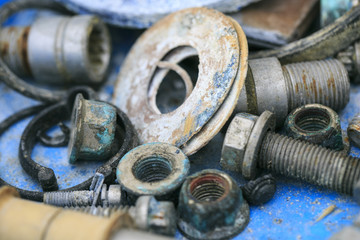 Old and oxide tools and screws