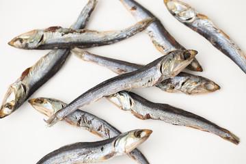 めざし 鰯 イワシ 魚の干物 焼き 白背景