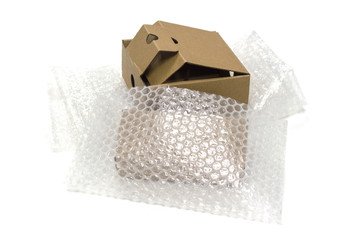 bubble wrap, for protection product cracked  or insurance During transit isolated