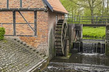 Fond de hotte en verre imprimé Moulins Historische Wassermühle von 1653