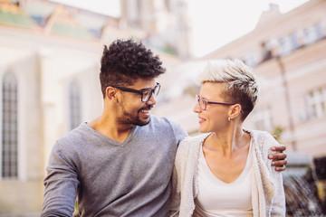 Post auf Dating-Website