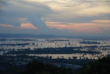 Irrawaddy en crue, Birmanie
