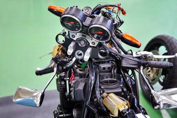 バイクの分解整備