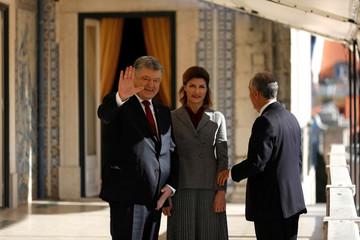 Ukraine's President Petro Poroshenko and his wife Maryna Poroshenko meet with  Portuguese President Marcelo Rebelo de Sousa at  Belem presidential palace in Lisbon