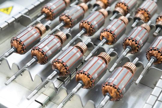 Small motors details is electromagnetic rotors prepared for generators