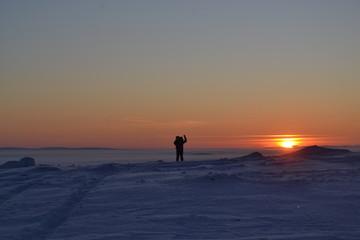 sunset, beach, sea, silhouette, ocean, people, sky, water, couple, sun, sunrise, sand, walking, coast, woman, nature, landscape, travel, dusk