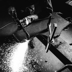 Cutting steel with blowpipe