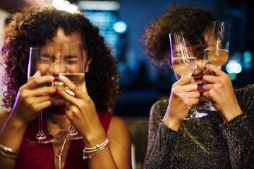 Foto op Canvas Kruidenierswinkel People enjoying a party