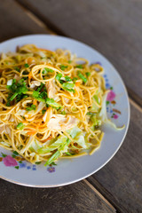 Lao spaghetti stirfry chicken