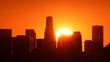 Fotobehang - Los Angeles sunrise over downtown city skyline. Timelapse.