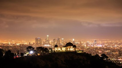 Fotobehang - Griffith Observatory and downtown Los Angeles timelapse