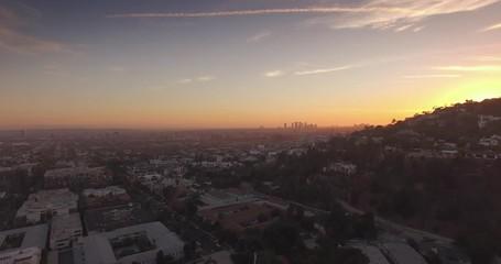 Fotobehang - Aerial Hollywood Hills Sunset Boulevard cityscape sunset Los Angeles, California