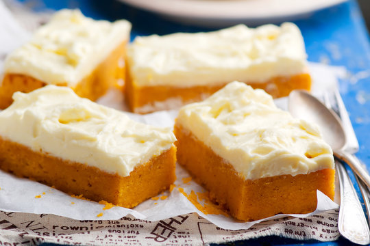 Pumpkin Bars with cream cheese fristing.